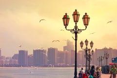 AJMAN CORNICHE, DUBAJ, UAE na 26 2017 CZERWU Zdjęcie Stock