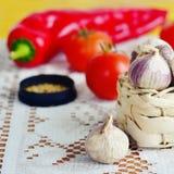 Ajo, tomate, pimienta y especie fotos de archivo libres de regalías