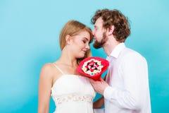 Ajouter affectueux aux fleurs de groupe de sucrerie Amour Image stock