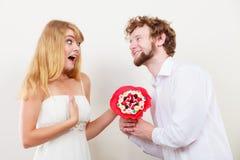 Ajouter affectueux aux fleurs de groupe de sucrerie Amour Photo stock