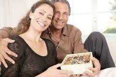 Ajouter au cadre de chocolats. Photo libre de droits