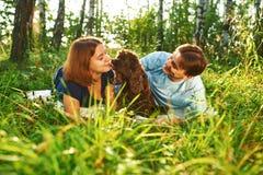 Ajouter au chien Images libres de droits