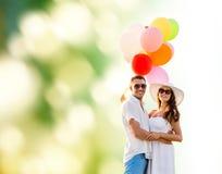Ajouter de sourire aux ballons à air dehors Photo libre de droits