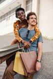Ajouter divers à la mode romantiques aux sacs en papier images libres de droits