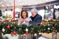 Ajouter supérieurs aux achats faisants actuels de Noël Image libre de droits