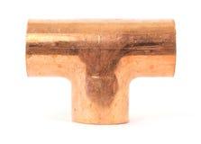 Ajustage de précision de pipe de cuivre simple de tuyauterie de té images stock