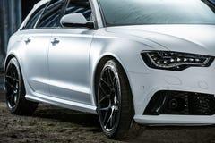 Ajustamento branco de Audi RS6 Foto de Stock