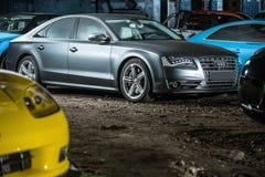Ajustamento de Gray Audi S8 Fotografia de Stock