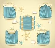 Ajuste botões ou molde o decoratio da madeira e do ouro do formulário Foto de Stock Royalty Free