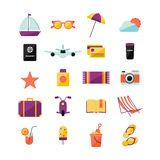Ajuste com ícones diferentes do verão ilustração do vetor