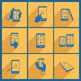 Ajuste com ícones do smartphone ilustração stock