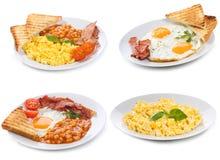 Ajuste com as placas de ovos fritados e scrambled Fotos de Stock