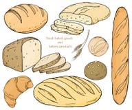 Ajuste com produtos da padaria em um fundo branco Baguette, nacos, pão de centeio, ciabatta e bolos Imagem de Stock Royalty Free