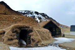 Ajuste da casa do relvado em Islândia fotografia de stock royalty free
