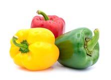 Ajuste da pimenta de sino amarela e vermelha verde cortada fotos de stock
