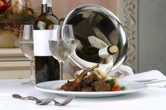 Ajuste da tabela de banquete, carne imagens de stock