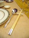 Ajuste da tabela de banquete do casamento fotografia de stock royalty free