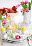 Ajuste da tabela de Easter Fotos de Stock