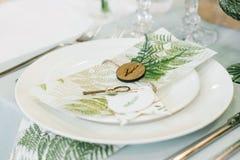 Ajuste da tabela do casamento Fotos de Stock Royalty Free