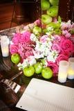 Ajuste da tabela do dia do casamento Fotos de Stock Royalty Free