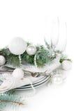 Ajuste da tabela do Natal, decoração da tabela no branco Fotos de Stock