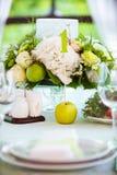 Ajuste da tabela do verão no verde Foto de Stock Royalty Free