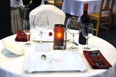 Ajuste da tabela em um restaurante imagem de stock royalty free
