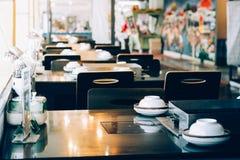 Ajuste da tabela no restaurante Imagens de Stock