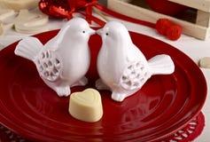 Ajuste da tabela para o jantar do dia de Valentim imagem de stock royalty free