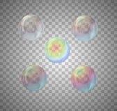 Ajuste das bolhas realísticas da cor do arco-íris no fundo transparente ilustração do vetor