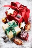 Ajuste de la Navidad con los presentes coloridos Fotos de archivo libres de regalías