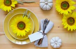 Ajuste de la tabla de cena de la acción de gracias Imagen de archivo