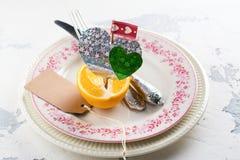 Ajuste de la tabla del día de tarjetas del día de San Valentín Fotografía de archivo
