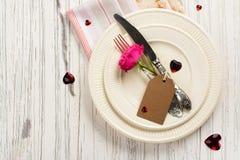 Ajuste de la tabla de las tarjetas del día de San Valentín Fotografía de archivo