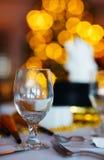 Ajuste de la tabla para la fiesta de Navidad Fotos de archivo libres de regalías