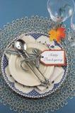 Ajuste de lugar da tabela de jantar da ação de graças do vintage - vertical Fotografia de Stock
