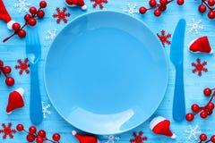 Ajuste de lugar da tabela do Natal com placa vazia fotografia de stock