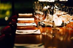 Ajuste de lujo de la tabla Foto de archivo libre de regalías