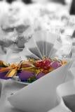 Ajuste do casamento ou da tabela do aniversário, cor alterada Fotografia de Stock Royalty Free