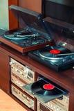 Ajuste do equipamento audio, dos jogadores de registro, dos amplificadores, do rádio e dos registros de vinil fotos de stock royalty free