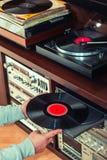 Ajuste do equipamento audio, dos jogadores de registro, dos amplificadores, do rádio e dos registros de vinil imagens de stock