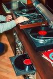 Ajuste do equipamento audio, dos jogadores de registro, dos amplificadores, do rádio e dos registros de vinil fotografia de stock royalty free