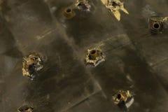 Ajuste dos escudos do autômato colados em uma proteção de superfície dura do exército do fundo da proteção do corpo da armadura c fotos de stock royalty free