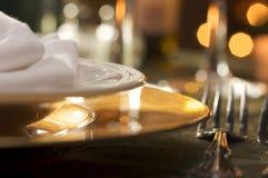 Ajuste elegante do jantar Foto de Stock Royalty Free
