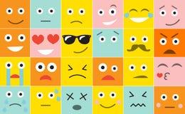 Ajuste emoticons do quadrado com emoções diferentes, ilustração do vetor Fotos de Stock Royalty Free