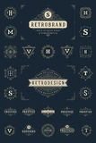 Ajuste flourishes luxuosos do molde dos logotipos caligráficos Fotos de Stock Royalty Free