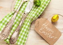 Ajuste fresco decorativo de la tabla de Pascua de la primavera fotografía de archivo libre de regalías