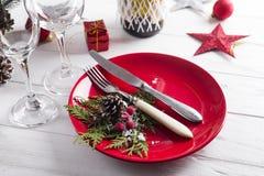 Ajuste hermoso de la tabla de la Navidad con las decoraciones Fotos de archivo