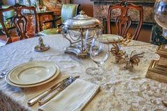 Ajuste luxuoso da tabela com prata Fotografia de Stock