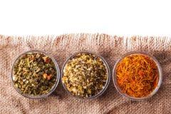 Ajuste o açafrão da especiaria, cúrcuma, sal verde Imagem de Stock Royalty Free